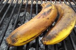バナナ炭焼-min