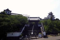掛川城天守閣-min
