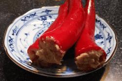 ツナとアンチョビ唐辛子詰-min