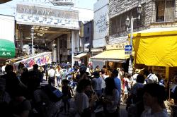 清水七夕駅前商店街ガード-min