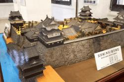 吉田城復元模型-min