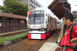 豊橋市内電車1-min
