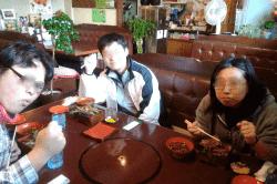 亀山宿昼食-min