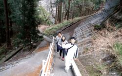 鈴鹿峠国道下-min