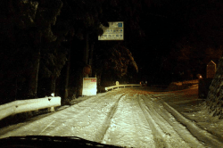 雪の横沢-min