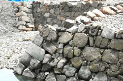 家康の石垣2-min