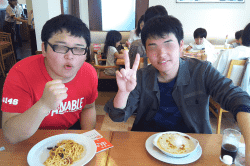 昼食-min